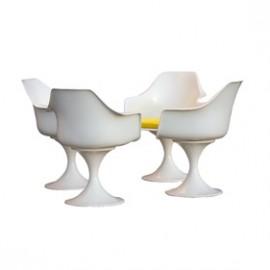 Krzesła w stylu Saarinen / Burke