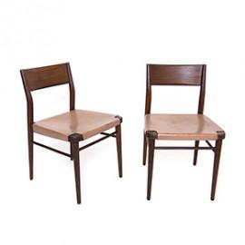 Para krzeseł Wilkhahn proj. Georg Leowald